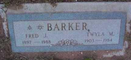 BARKER, TWYLA M. - Yavapai County, Arizona   TWYLA M. BARKER - Arizona Gravestone Photos