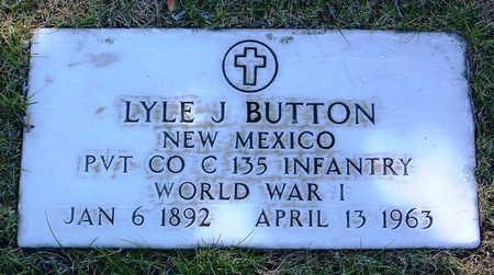 BUTTON, LYLE J. - Yavapai County, Arizona | LYLE J. BUTTON - Arizona Gravestone Photos