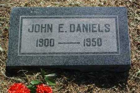 DANIELS, JOHN ERNEST - Yavapai County, Arizona | JOHN ERNEST DANIELS - Arizona Gravestone Photos
