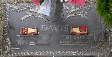 DAVIS, MILDRED ISABELLE - Yavapai County, Arizona   MILDRED ISABELLE DAVIS - Arizona Gravestone Photos