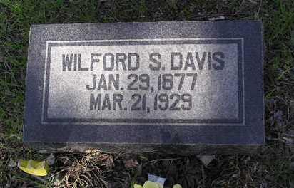 DAVIS, WILFORD SAULSBURY - Yavapai County, Arizona   WILFORD SAULSBURY DAVIS - Arizona Gravestone Photos