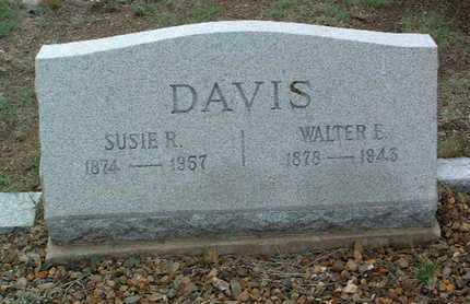 DAVIS, WALTER EDWIN - Yavapai County, Arizona   WALTER EDWIN DAVIS - Arizona Gravestone Photos
