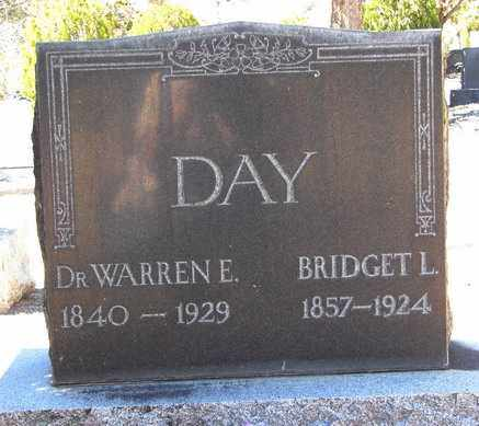 DAY, WARREN ERASMUS (DR.) - Yavapai County, Arizona | WARREN ERASMUS (DR.) DAY - Arizona Gravestone Photos
