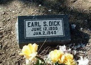 DICK, EARL S. - Yavapai County, Arizona   EARL S. DICK - Arizona Gravestone Photos