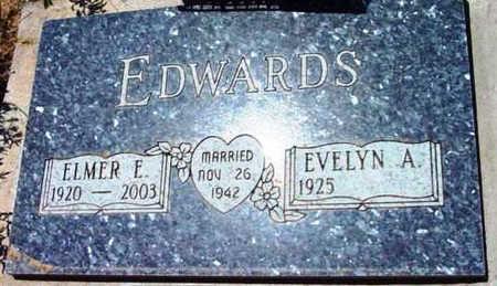 LOWRY EDWARDS, EVELYN ARLENE - Yavapai County, Arizona | EVELYN ARLENE LOWRY EDWARDS - Arizona Gravestone Photos