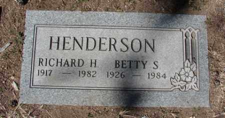 HENDERSON, BETTY S. - Yavapai County, Arizona | BETTY S. HENDERSON - Arizona Gravestone Photos