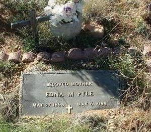 HILL PYLE, EDNA M. - Yavapai County, Arizona   EDNA M. HILL PYLE - Arizona Gravestone Photos