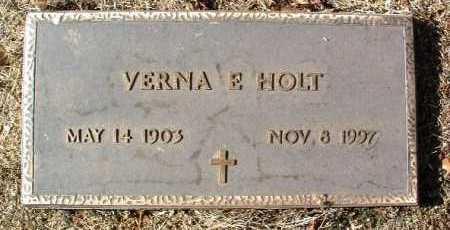 HOLT, VERNIA E. - Yavapai County, Arizona | VERNIA E. HOLT - Arizona Gravestone Photos