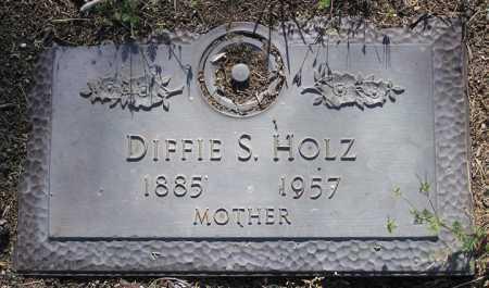 HOLZ, DIFFIE S. - Yavapai County, Arizona   DIFFIE S. HOLZ - Arizona Gravestone Photos