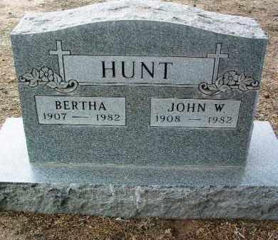 HUNT, BERTHA S. - Yavapai County, Arizona | BERTHA S. HUNT - Arizona Gravestone Photos