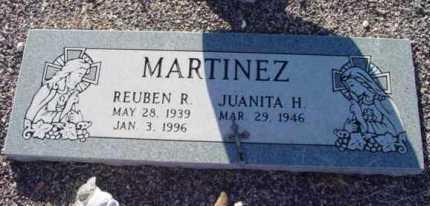 MARTINEZ, JUANITA H. - Yavapai County, Arizona | JUANITA H. MARTINEZ - Arizona Gravestone Photos