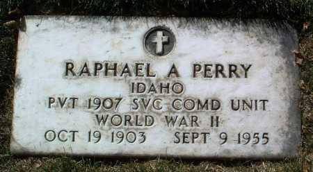 PERRY, RAPHAEL A. - Yavapai County, Arizona   RAPHAEL A. PERRY - Arizona Gravestone Photos