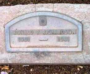RICHARDSON, RONALD R. - Yavapai County, Arizona | RONALD R. RICHARDSON - Arizona Gravestone Photos