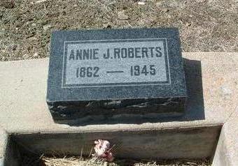 ROBERTS, ANNIE JULIA - Yavapai County, Arizona   ANNIE JULIA ROBERTS - Arizona Gravestone Photos
