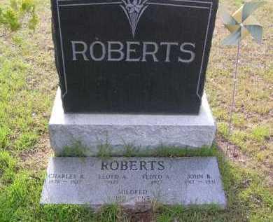 ROBERTS, JOHN B. - Yavapai County, Arizona | JOHN B. ROBERTS - Arizona Gravestone Photos