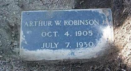 ROBINSON, ARTHUR W., JR. - Yavapai County, Arizona | ARTHUR W., JR. ROBINSON - Arizona Gravestone Photos