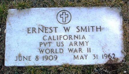 SMITH, ERNEST W. - Yavapai County, Arizona | ERNEST W. SMITH - Arizona Gravestone Photos