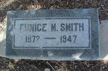 SMITH, EUNICE M. - Yavapai County, Arizona | EUNICE M. SMITH - Arizona Gravestone Photos