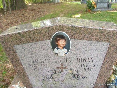 JONES, JUSTIN LOUIS (CLOSE UP) - Conway County, Arkansas | JUSTIN LOUIS (CLOSE UP) JONES - Arkansas Gravestone Photos