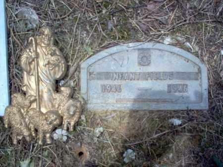 FIELDS, INFANT - Cross County, Arkansas | INFANT FIELDS - Arkansas Gravestone Photos