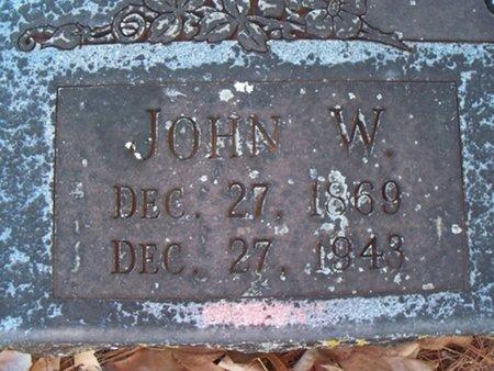 CLARK, JOHN W  (CLOSEUP) - Franklin County, Arkansas   JOHN W  (CLOSEUP) CLARK - Arkansas Gravestone Photos