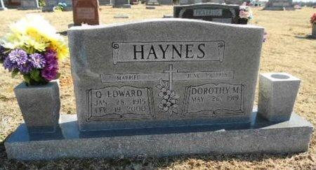 HAYNES, DOROTHY M. (OBIT) - Fulton County, Arkansas   DOROTHY M. (OBIT) HAYNES - Arkansas Gravestone Photos