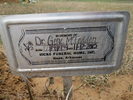 MCFADDEN, GENE,DR - Hempstead County, Arkansas   GENE,DR MCFADDEN - Arkansas Gravestone Photos
