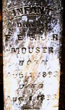 MOUSER, INFANT DAUGHTER (CLOSE UP) - Hempstead County, Arkansas | INFANT DAUGHTER (CLOSE UP) MOUSER - Arkansas Gravestone Photos