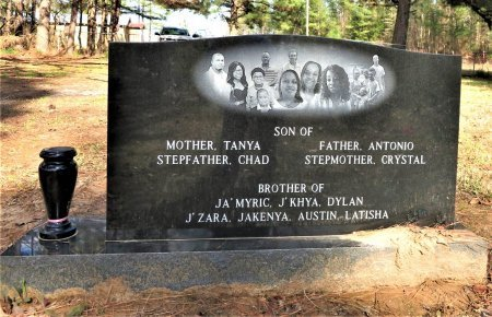 SCROGGINS, JOSIAH JA'MERE (BACKVIEW) - Hempstead County, Arkansas | JOSIAH JA'MERE (BACKVIEW) SCROGGINS - Arkansas Gravestone Photos