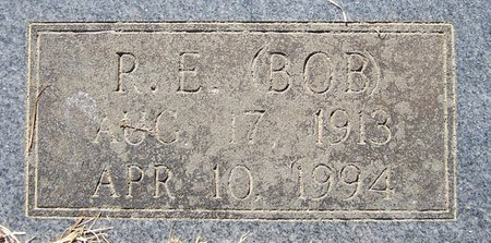 TURNER, P.E. (BOB) (CLOSE UP) - Hempstead County, Arkansas | P.E. (BOB) (CLOSE UP) TURNER - Arkansas Gravestone Photos