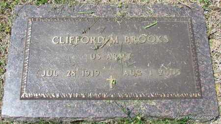 BROOKS (VETERAN), CLIFFORD M - Independence County, Arkansas   CLIFFORD M BROOKS (VETERAN) - Arkansas Gravestone Photos