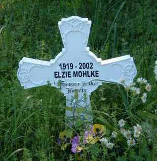 MOHLKE, MERRY ELZIE - Independence County, Arkansas | MERRY ELZIE MOHLKE - Arkansas Gravestone Photos