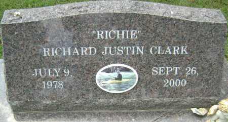 "CLARK, RICHARD JUSTIN ""RICHIE"" - Lawrence County, Arkansas | RICHARD JUSTIN ""RICHIE"" CLARK - Arkansas Gravestone Photos"