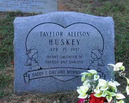 HUSKEY, TAYELOR ALLISON - Lawrence County, Arkansas | TAYELOR ALLISON HUSKEY - Arkansas Gravestone Photos
