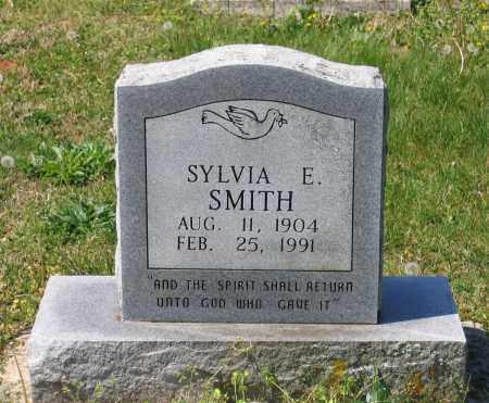 SMITH, SYLVIA E. - Lawrence County, Arkansas | SYLVIA E. SMITH - Arkansas Gravestone Photos