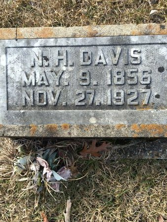 DAVIS, N.H. - Little River County, Arkansas   N.H. DAVIS - Arkansas Gravestone Photos