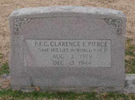 PIERCE (VETERAN WWII), CLARENCE E. - Lonoke County, Arkansas | CLARENCE E. PIERCE (VETERAN WWII) - Arkansas Gravestone Photos