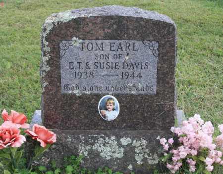 DAVIS, TOM EARL - Madison County, Arkansas | TOM EARL DAVIS - Arkansas Gravestone Photos