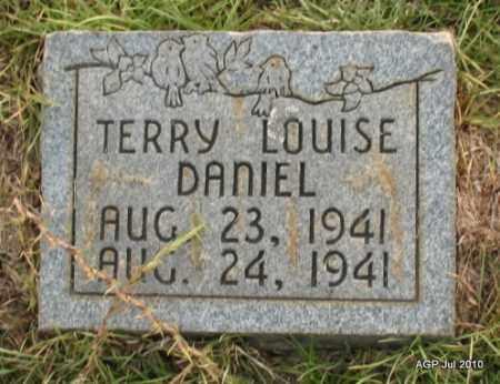 DANIEL, TERRY LOUISE - Miller County, Arkansas | TERRY LOUISE DANIEL - Arkansas Gravestone Photos
