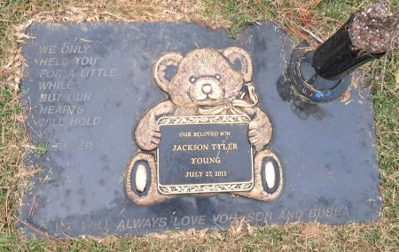 YOUNG, JACKSON TYLER - Miller County, Arkansas | JACKSON TYLER YOUNG - Arkansas Gravestone Photos