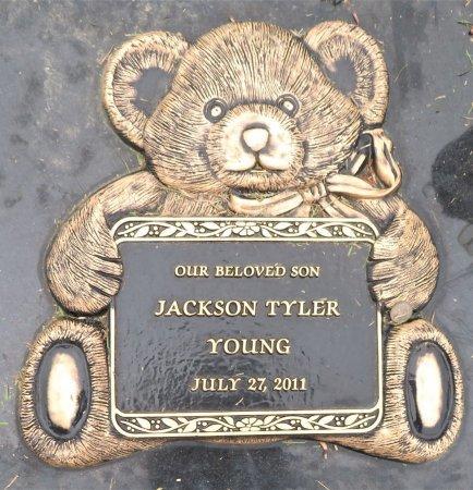 YOUNG, JACKSON TYLER (CLOSEUP) - Miller County, Arkansas | JACKSON TYLER (CLOSEUP) YOUNG - Arkansas Gravestone Photos