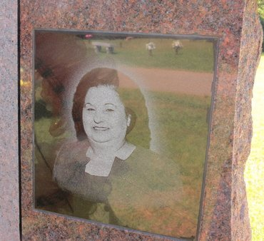 YOUNG, PEGGY M. (PHOTO) - Miller County, Arkansas   PEGGY M. (PHOTO) YOUNG - Arkansas Gravestone Photos