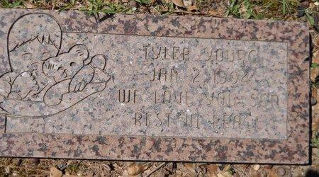 YOUNG, TYLER - Miller County, Arkansas | TYLER YOUNG - Arkansas Gravestone Photos