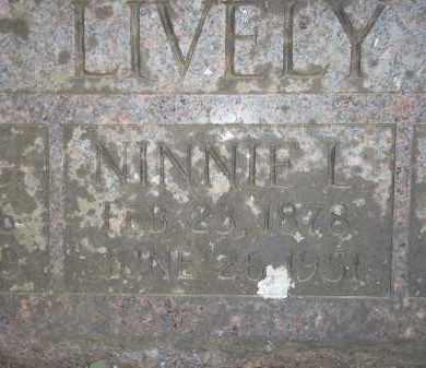 "LIVELY, NINA LILLIAN ""NINNIE"" (CLOSEUP) - Newton County, Arkansas   NINA LILLIAN ""NINNIE"" (CLOSEUP) LIVELY - Arkansas Gravestone Photos"