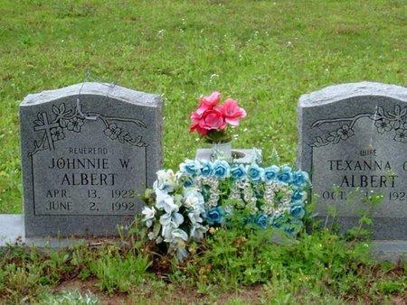 ALBERT, JOHNNIE W. - Phillips County, Arkansas | JOHNNIE W. ALBERT - Arkansas Gravestone Photos