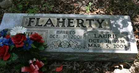 FLAHERTY, LAURIE L - Polk County, Arkansas | LAURIE L FLAHERTY - Arkansas Gravestone Photos