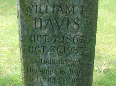 DAVIS, WILLIAM L. (CLOSE UP) - Pulaski County, Arkansas | WILLIAM L. (CLOSE UP) DAVIS - Arkansas Gravestone Photos