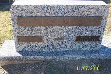 HOLMES, MYRTIS J - Pulaski County, Arkansas | MYRTIS J HOLMES - Arkansas Gravestone Photos