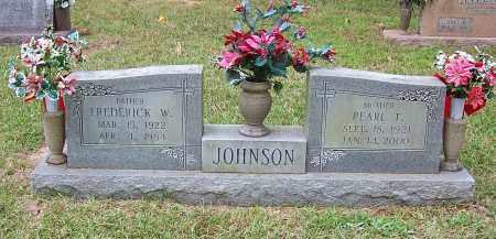 JOHNSON, FREDERICK W - Pulaski County, Arkansas | FREDERICK W JOHNSON - Arkansas Gravestone Photos