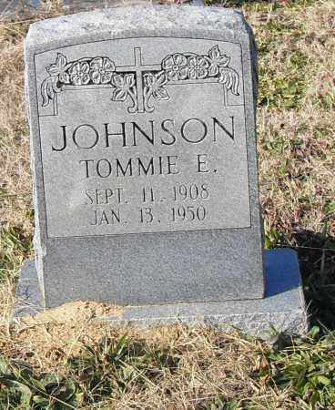 JOHNSON, TOMMIE E. - Pulaski County, Arkansas | TOMMIE E. JOHNSON - Arkansas Gravestone Photos